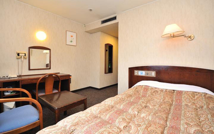 ホテルサンバリー ダブルルーム